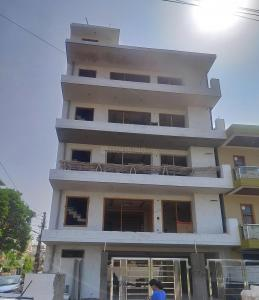 Gallery Cover Image of 2300 Sq.ft 3 BHK Independent Floor for buy in Sector 9 for 10500000