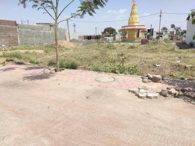Gallery Cover Image of 1000 Sq.ft Residential Plot for buy in Sarthak Singapore British Park, Talawali Chanda for 170000