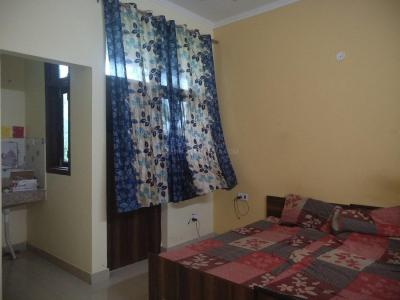 Bedroom Image of Jai Radha PG in Sector 45