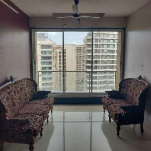 Gallery Cover Image of 1800 Sq.ft 3 BHK Apartment for rent in Ghatkopar East for 60000