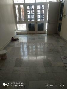 Gallery Cover Image of 1300 Sq.ft 3 BHK Apartment for rent in Vikaspuri for 28000
