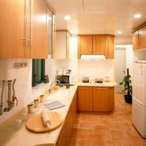 Gallery Cover Image of 1150 Sq.ft 2 BHK Apartment for buy in Electronic City for 6634000