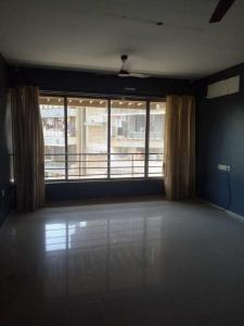 Gallery Cover Image of 1500 Sq.ft 3 BHK Apartment for rent in Prabhadevi for 125000