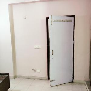 Gallery Cover Image of 1250 Sq.ft 2 BHK Apartment for rent in Victor HRC PROFESSIONAL Hub, Vaibhav Khand for 14000