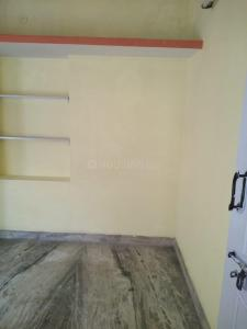 Gallery Cover Image of 600 Sq.ft 1 BHK Independent Floor for rent in S.G. Palya for 11000