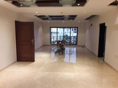 Gallery Cover Image of 2000 Sq.ft 4 BHK Apartment for rent in Bandra West for 350000