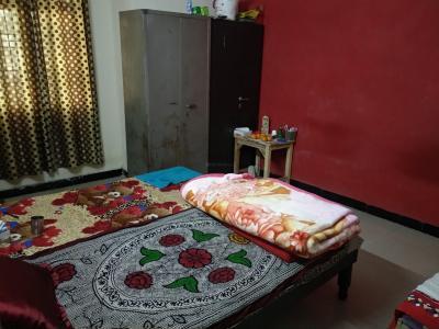 Bedroom Image of Radhika Hostel in Sector 62