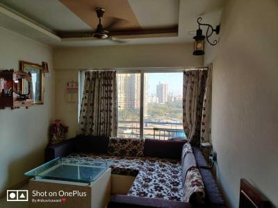 Gallery Cover Image of 700 Sq.ft 1 BHK Apartment for buy in Malad West for 9900000