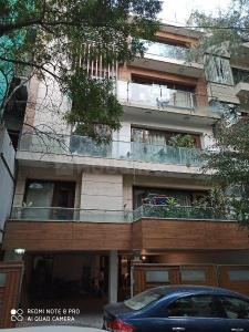 Gallery Cover Image of 2200 Sq.ft 6 BHK Independent House for buy in Defence Colony Villas, Defence Colony for 170000000