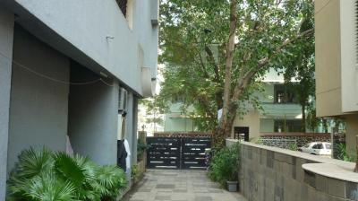 Gallery Cover Image of 290 Sq.ft 1 RK Apartment for buy in Bandra West for 11100000
