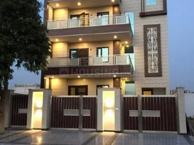 Gallery Cover Image of 2560 Sq.ft 4 BHK Independent Floor for rent in Green Field Colony for 20000