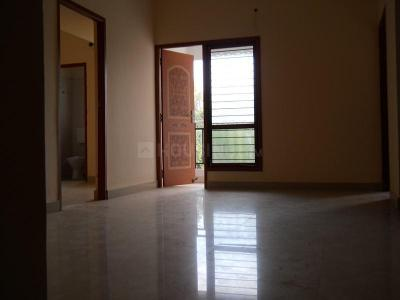 Gallery Cover Image of 735 Sq.ft 2 BHK Apartment for rent in Madhavaram for 10500