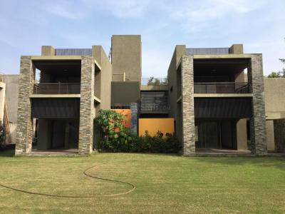 Gallery Cover Image of 6750 Sq.ft 5 BHK Independent House for buy in Goyal Riviera Greens, Shantipura for 70000000