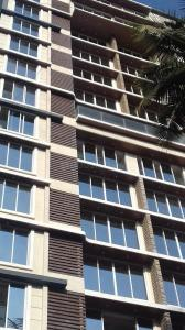 Gallery Cover Image of 1600 Sq.ft 3 BHK Apartment for rent in Juhu for 125000