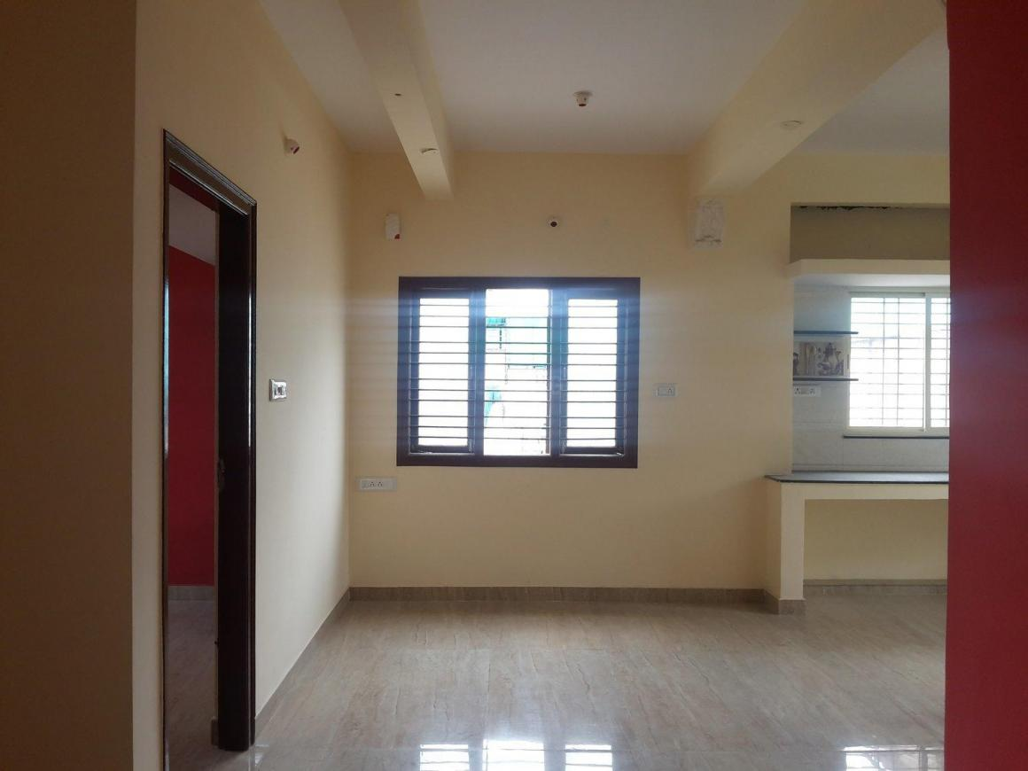 Living Room Image of 700 Sq.ft 2 BHK Apartment for rent in Hombegowda Nagar for 20000