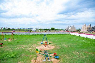 Gallery Cover Image of  Sq.ft Residential Plot for buy in Perungalathur for 2460000