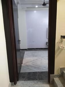 Gallery Cover Image of 900 Sq.ft 2 BHK Independent Floor for buy in Nirwan Homes - 1, Vasundhara for 3200000