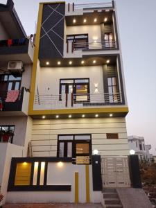 Gallery Cover Image of 1350 Sq.ft 3 BHK Villa for buy in Vaishali Nagar for 3800000