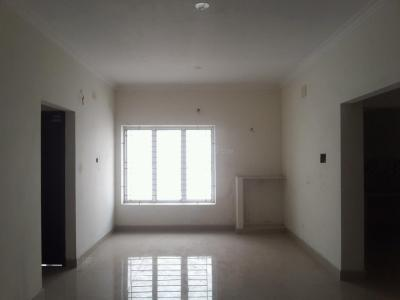 Gallery Cover Image of 960 Sq.ft 2 BHK Apartment for buy in Kundrathur for 3360000