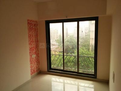 Gallery Cover Image of 950 Sq.ft 2 BHK Apartment for rent in Malad West for 35000