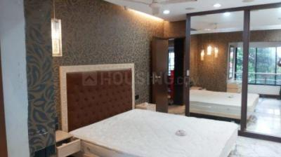 Gallery Cover Image of 1800 Sq.ft 3 BHK Apartment for rent in Bandra East for 150000