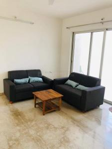 Gallery Cover Image of 1450 Sq.ft 2 BHK Apartment for rent in Kondhwa Budruk for 24000
