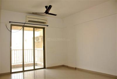 Gallery Cover Image of 1000 Sq.ft 2 BHK Apartment for rent in Palava Phase 1 Nilje Gaon for 11000