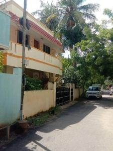 Gallery Cover Image of 2500 Sq.ft 3 BHK Independent House for buy in Kolathur for 22000000