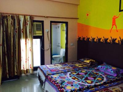 Bedroom Image of Girls PG in DLF Phase 4