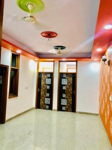 Gallery Cover Image of 800 Sq.ft 2 BHK Independent Floor for buy in Sector 49 for 2350000