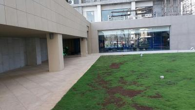 Gallery Cover Image of 1650 Sq.ft 3 BHK Apartment for rent in Goregaon East for 78000
