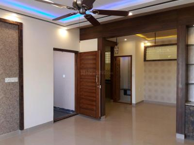 Gallery Cover Image of 1200 Sq.ft 2 BHK Apartment for rent in Mallathahalli for 20000