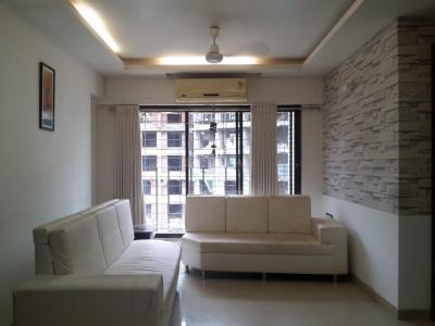 Gallery Cover Image of 1250 Sq.ft 3 BHK Apartment for rent in RNA NG Suncity Phase III, Kandivali East for 40000