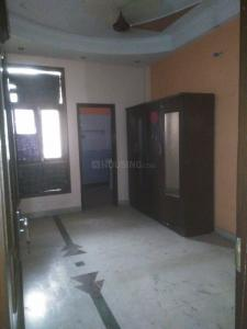 Gallery Cover Image of 1350 Sq.ft 3 BHK Independent Floor for rent in Shakti Khand for 14500