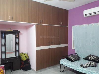 Gallery Cover Image of 1150 Sq.ft 2 BHK Apartment for rent in Velachery for 17500