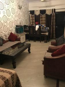 Gallery Cover Image of 850 Sq.ft 2 BHK Apartment for buy in Sector 8 Rohini for 9999999