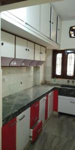 Gallery Cover Image of 2150 Sq.ft 2 BHK Independent Floor for rent in Sector 15A for 17000