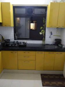 Gallery Cover Image of 640 Sq.ft 1 BHK Apartment for rent in Unique Vedic Heights, Kandivali East for 20000