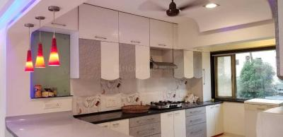 Gallery Cover Image of 1500 Sq.ft 3 BHK Apartment for rent in L'amour, Bandra West for 160000