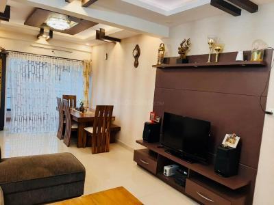 Gallery Cover Image of 1100 Sq.ft 2 BHK Apartment for rent in Akshayanagar for 17000