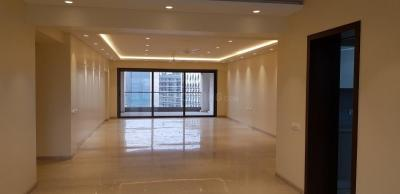 Gallery Cover Image of 6400 Sq.ft 4 BHK Apartment for rent in Bandra East for 550000