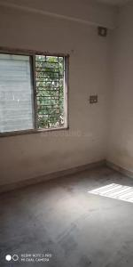 Gallery Cover Image of 640 Sq.ft 2 BHK Apartment for rent in South Dum Dum for 10000
