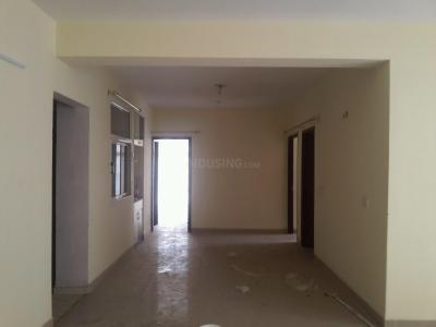 Gallery Cover Image of 1550 Sq.ft 3 BHK Apartment for rent in KDP Grand Savana, Raj Nagar Extension for 13000