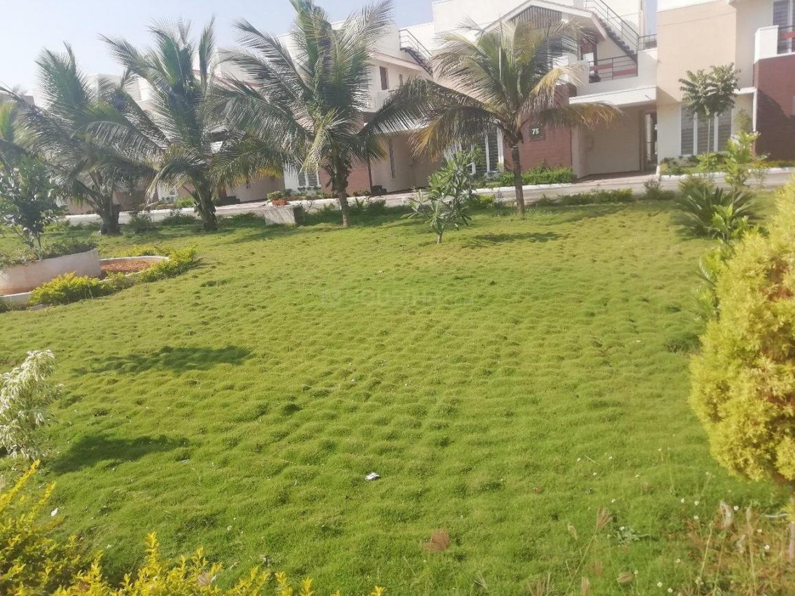 Garden Area Image of 1400 Sq.ft 2 BHK Villa for buy in Madukkarai for 5600000
