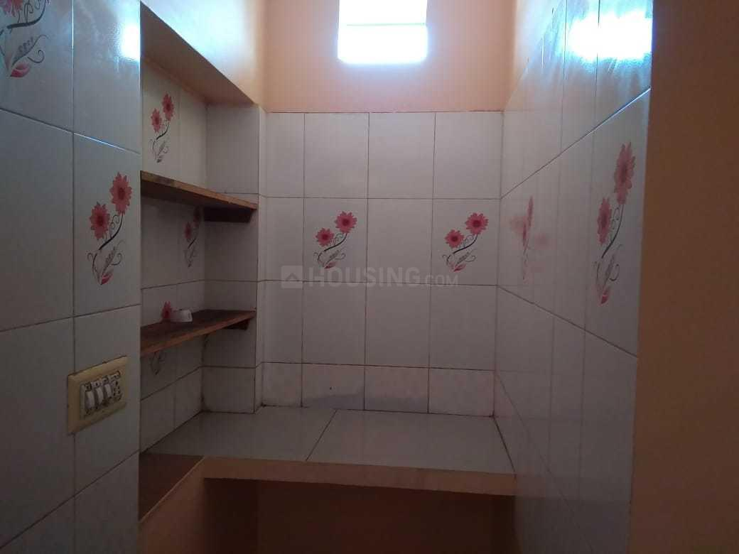 Kitchen Image of 250 Sq.ft 1 RK Independent Floor for rent in Shingapura for 4000