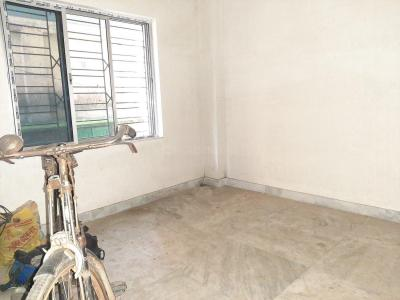 Gallery Cover Image of 650 Sq.ft 2 BHK Apartment for buy in Purba Putiary for 2100000