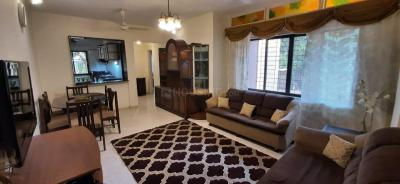 Gallery Cover Image of 1000 Sq.ft 2 BHK Apartment for rent in Lubna Apartments, Malad West for 31000