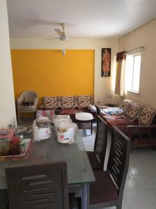 Gallery Cover Image of 927 Sq.ft 2 BHK Apartment for rent in Gurukul for 18000