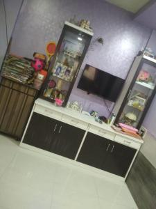 Gallery Cover Image of 450 Sq.ft 1 BHK Independent Floor for buy in Seawoods for 6200000