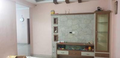 Gallery Cover Image of 1500 Sq.ft 3 BHK Apartment for rent in RV Manyatha, Miyapur for 23000